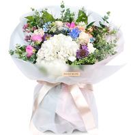 흰수국과계절꽃